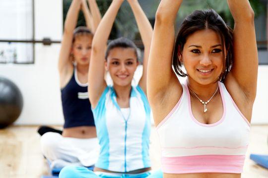3招瑜伽 趕走背痛