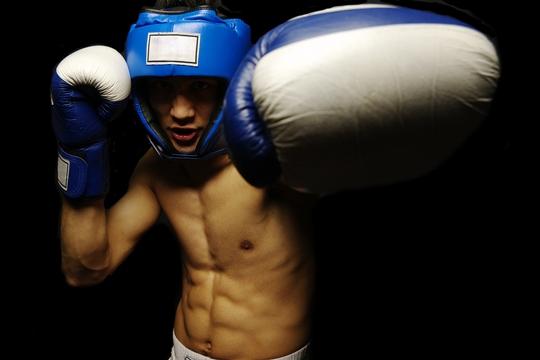 6組運動 練出腹肌爆發力