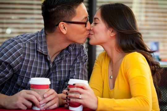 太清潔 易過敏 接吻增強免疫力