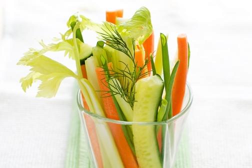 蔬菜汁減肥 提早變「黃面婆」!