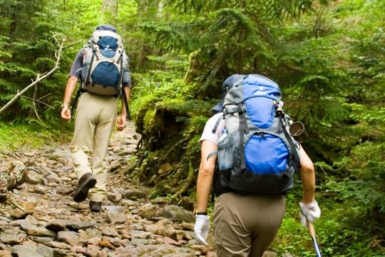 【行山裝備】無痛行山!起步前必須做的6個伸展及鍛鍊動作