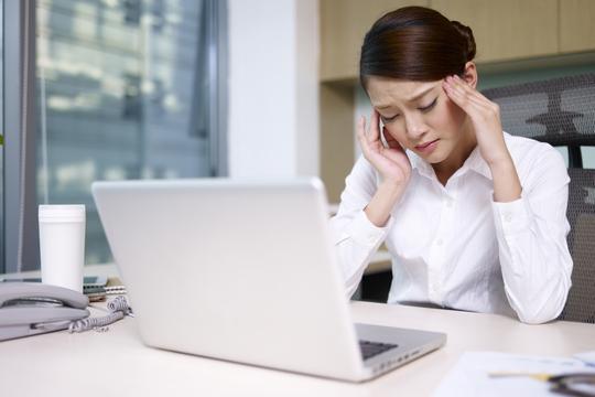 每年1.3億日病假? 全因辦公桌、鍵盤和滑鼠!