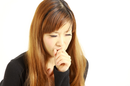 胃酸、緊張是久咳元兇?慎防氣管敏感變哮喘!