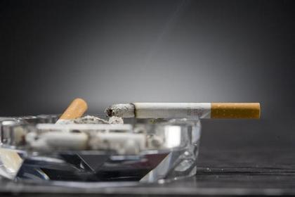 吸煙害「心」害「荷包」!
