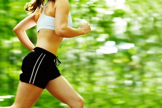 跑步會腿粗瘦胸?打破跑步減肥6大迷思!