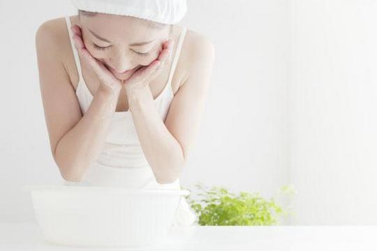 如何去暗瘡?熱氣與暗瘡有關係?預防暗瘡的飲食秘訣