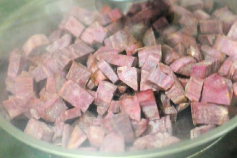 【有片】有營食譜:50卡紫薯冰皮月餅2