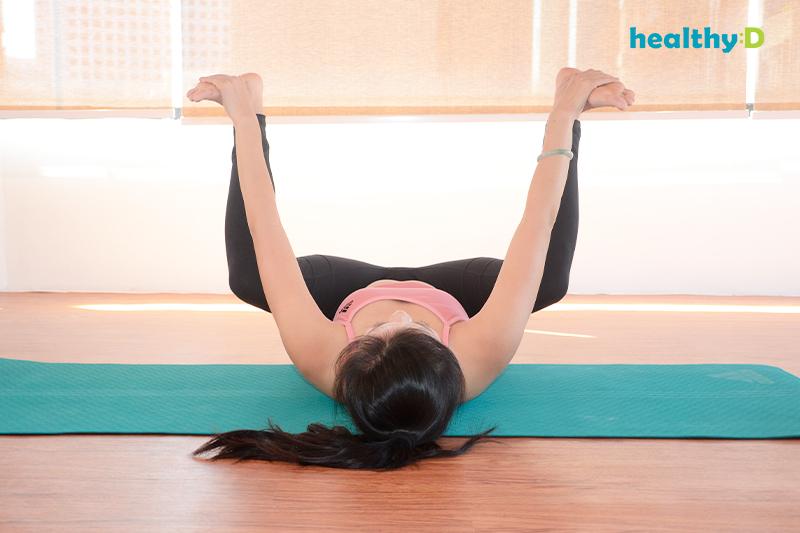 【有片】瑜伽安眠(3):快樂嬰兒式2