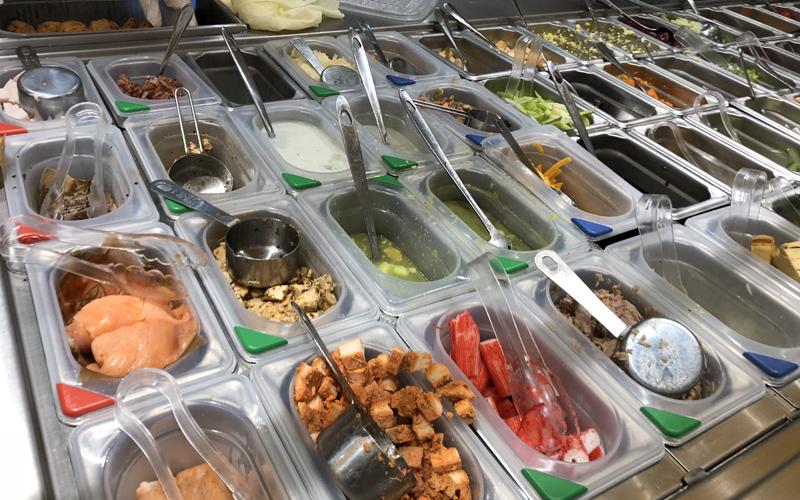 港島區有營食肆 (1) –新加坡多元化沙律快餐店