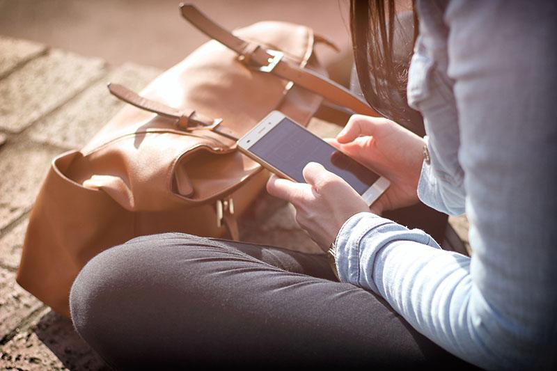 【貪靚煩惱】暗瘡大爆發 真兇可能是…手機?