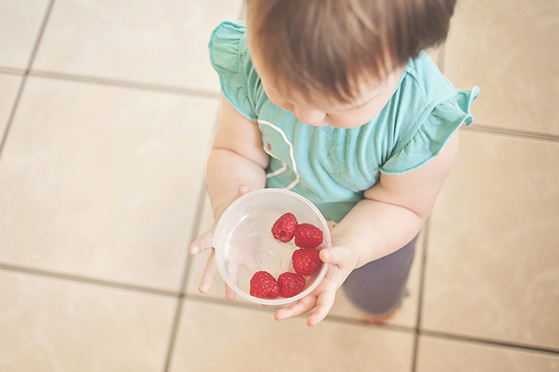 【BB食飯睇手機?】擺脫電子奶咀 7種方法建立良好飲食習慣
