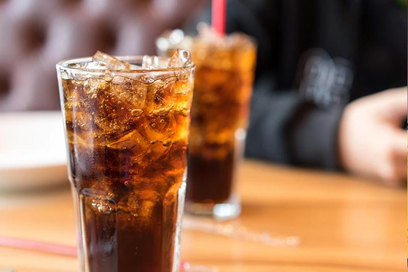 可樂可加快骨質流失 導致骨質疏鬆