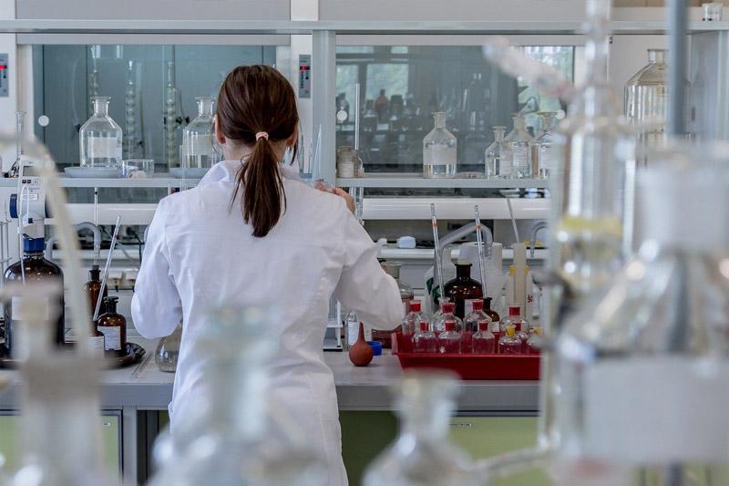 法國婦人腦炎病逝 傳科學家新冠檢測發現全新病毒 懷疑經蚊蟲傳播