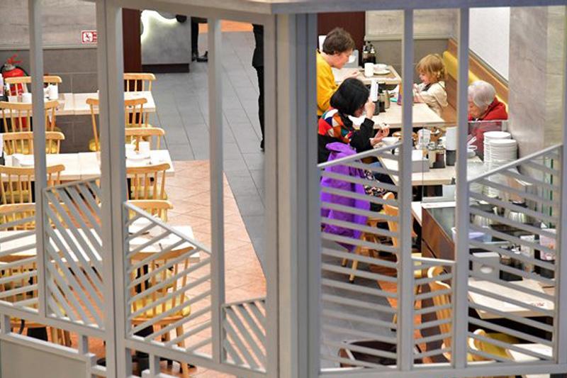 【確診個案】再新增多間食肆 新冠確診者曾到訪中環蘇豪區(持續更新)