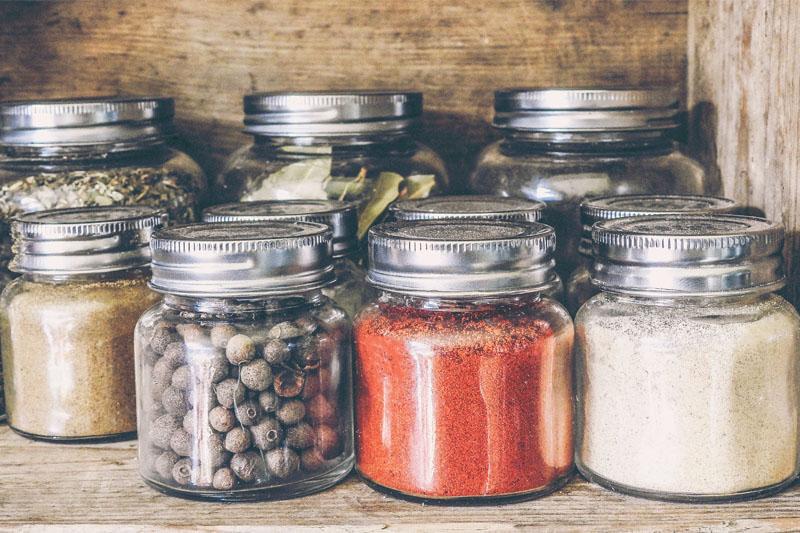 香料防霉防潮6大關鍵 食安中心提醒:避免將香料粉放入雪櫃