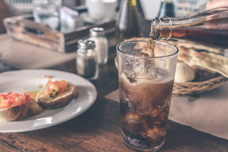【心臟病】飲有糖汽水與代糖汽水沒差別? 法國研究:增心臟病風險20%