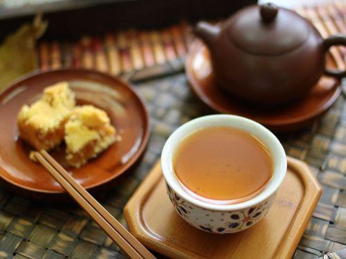 中秋月餅和茶飲
