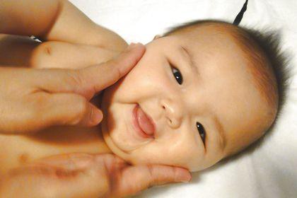 國際嬰兒按摩導師資格 5天速成班