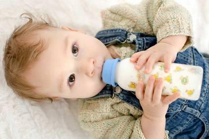 奶粉供應現曙光 寶寶新年衣食豐足