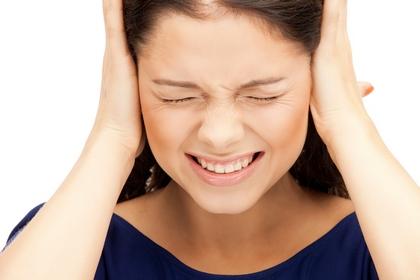 落機後耳痛 氣壓惹的禍?