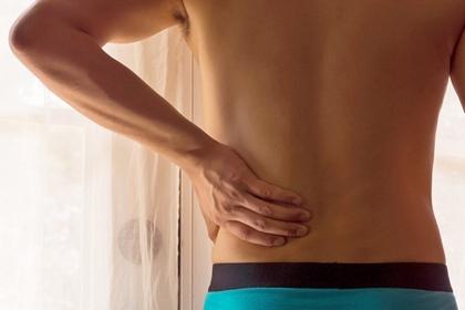 坐姿不良引致下背痛 4個伸展動作放鬆肌肉