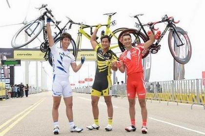 學彭于晏「破風」  單車友免受傷  「結婚」最安全!