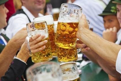 飲酒面紅是身體好? 面紅是缺乏酵素 想防醉喝酒前記得打底