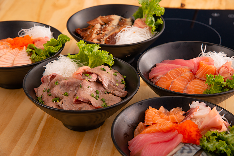 日式丼飯卡路里大比拼|海膽丼卡路里達630卡路里!