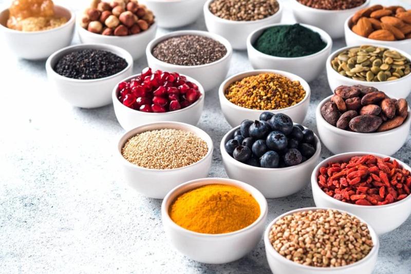 10種必吃超級食物Superfood|奇亞籽有助減肥|秋葵可去水腫