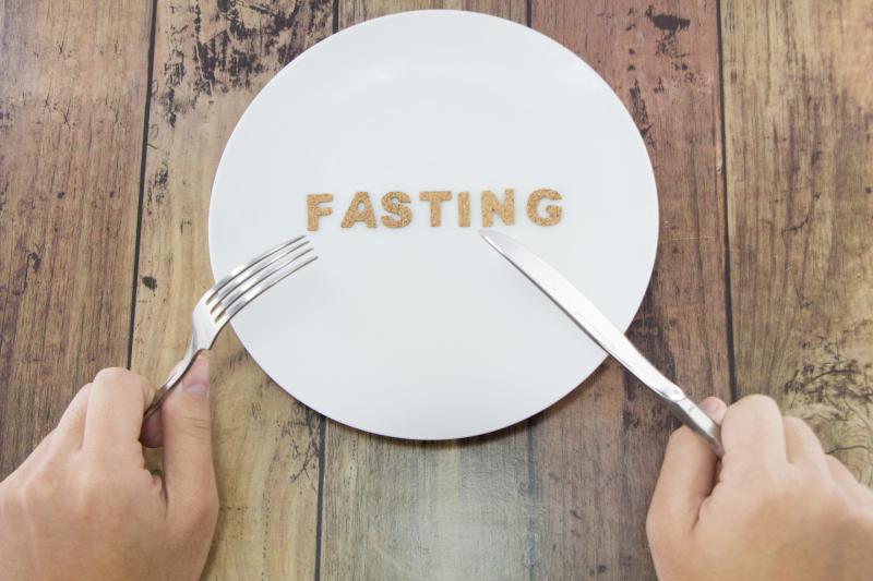 簡單快速懶人減肥法 | 單靠調節飲食36小時斷食瘦身 研究:4星期平均減7.7磅