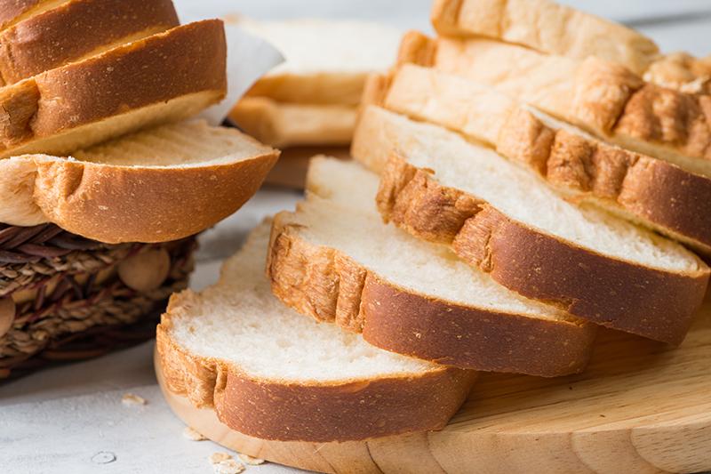 方包胚芽含糖量高|白麵包容易致肥|腰圍1年增1.3CM?