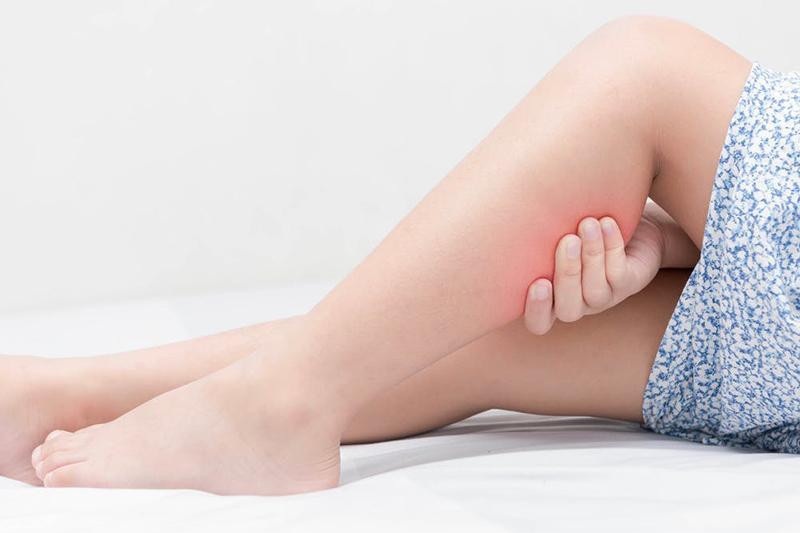 夜晚腳抽筋是甚麼原因?教你5個預防抽筋的方法