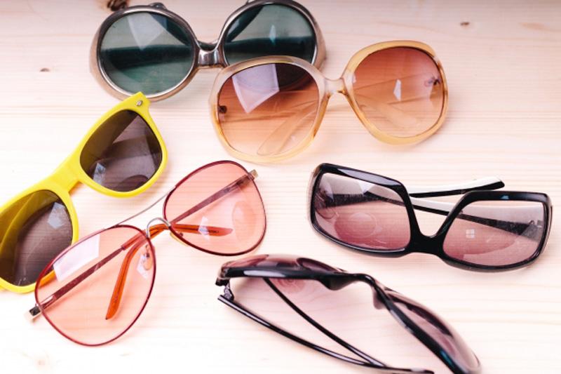 太陽眼鏡顏色怎麼選?黑色鏡片最好?專家教你這樣揀