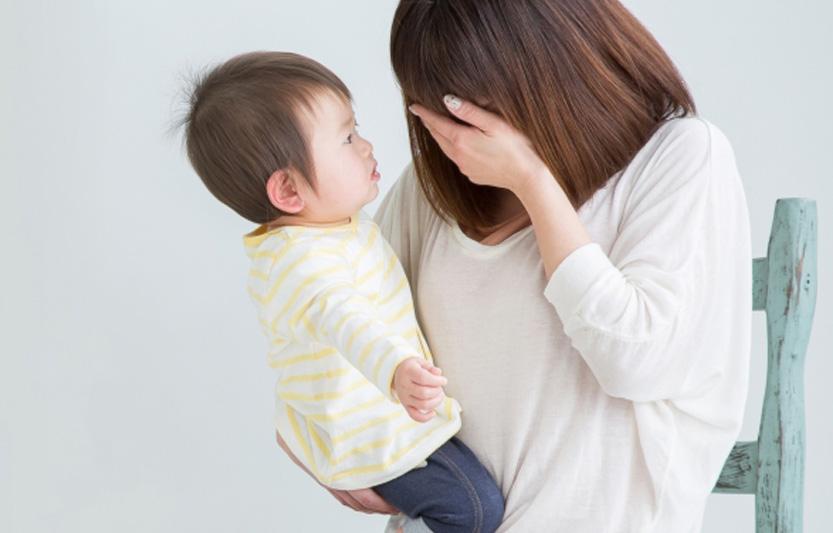 【新冠肺炎】生活工作家庭壓力增 調查:逾半家長經常失眠及時常焦慮