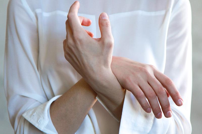 血管球瘤藏甲牀 空姐長期手指痛蔓延至膊頭