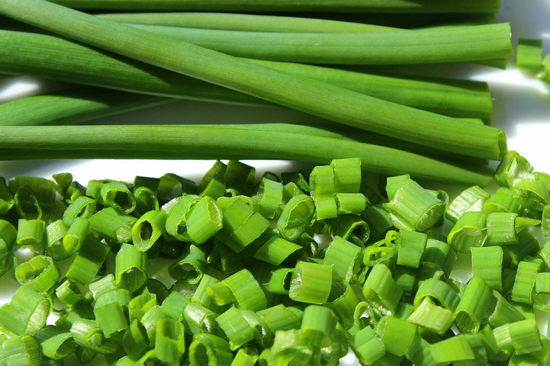 【食用安全】內地韭菜抽驗出殘留超標農藥 長期食用或損害神經及血液系統