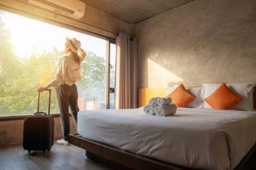 Staycation|港府修例限聚令適用於酒店、旅館 英雜誌盤點15個酒店高危播毒位