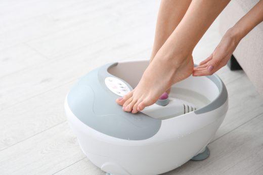 中醫拆解生薑泡腳功效、好處及禁忌 助你改善手腳冰冷