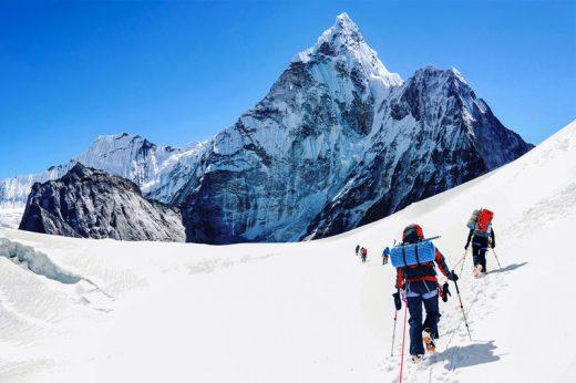 低溫症|登山遇暴雪迷路 心臟停跳45分鐘行山男奇蹟生還