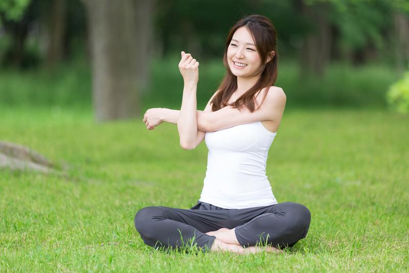 健脾運動|春日健脾不只吃   伸展按摩一樣work!