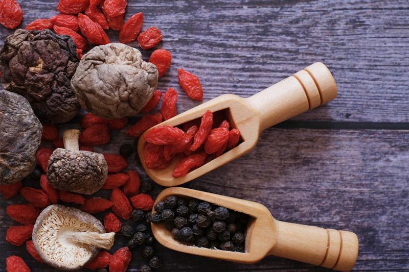 5個杞子食療食譜 可作主食或甜品 黑杞子泡茶最有效!