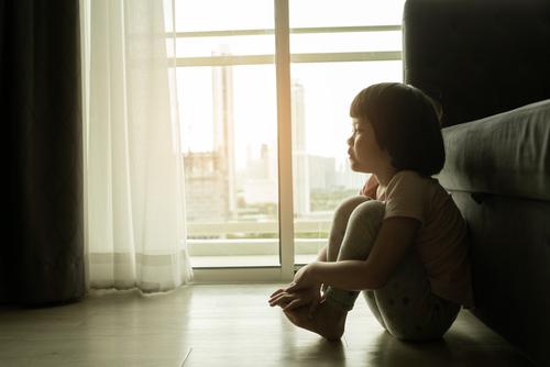 妥瑞氏症   妥瑞氏症會痊癒嗎?醫生講解抽動症的三種病型和症狀