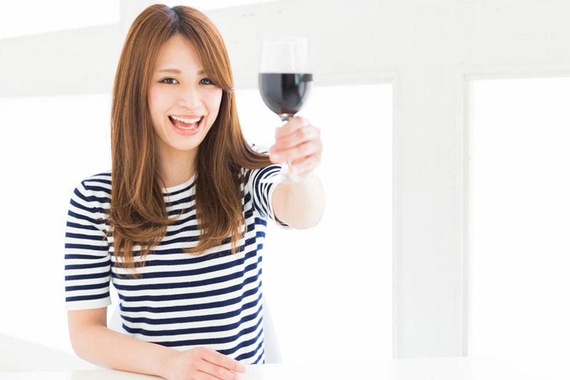 紅酒好處|美國癌症研究報告:日飲一杯紅酒或有助預防肺癌