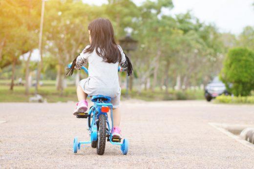 7歲女童洗頭沒吹乾踩單車後出現面癱 專家:治療面癱須把握黃金時間