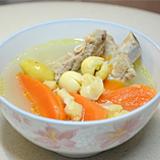 銀杏蓮子紅蘿蔔排骨湯
