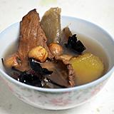 淮山桑寄生蓮子瘦肉湯
