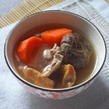 猴頭菇蓮子栗子桂圓雞湯