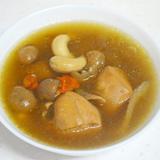 淮山桂圓杞子腰果雞湯